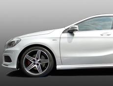 国産全車種対応‼輸入車の鈑金塗装・修理もお任せください。